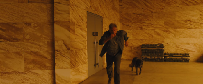 blade-runner-2049-ford-dog-768x319